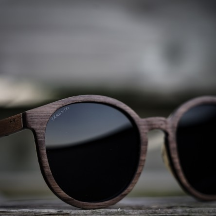 Round Style Walnut Wood Sunglasses