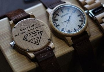 wooden-watch-engraved